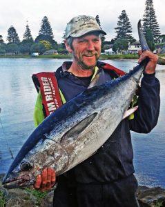 Tony Thurgood with his tuna (Bob McPherson)